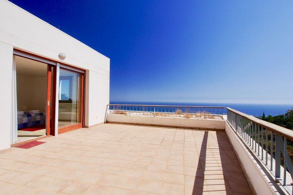 Los Monteros penthouse for sale