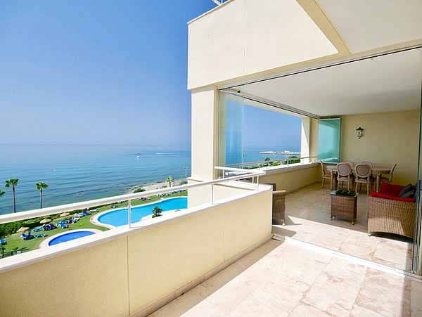 Penthouse for sale in Puerto Cabopino