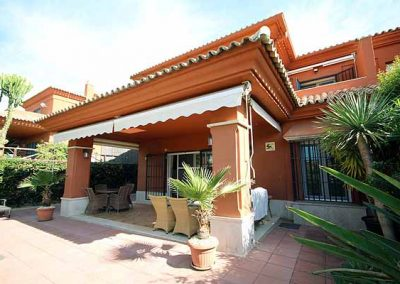 Golf villa for sale in Santa Clara