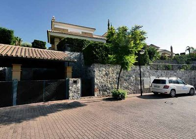 Villa for Sale in Santa Clara Golf Marbella