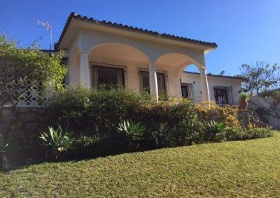 Renovated Villa for Sale in Cabopino