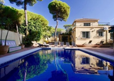 7 bedroom villa for sale in Cabopino