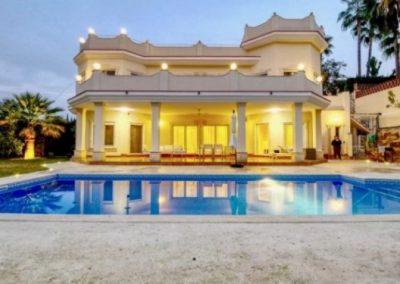 villa in marbella for sale