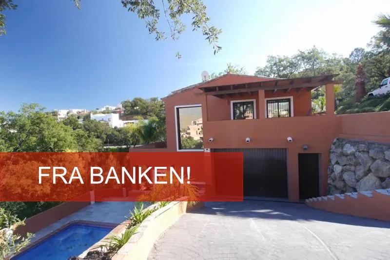 villa fra banken til salgs marbella